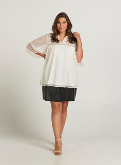 Blouse with 3/4 sleeves