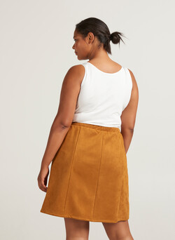 Skirt in faux suede